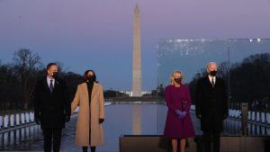 Así fue el homenaje de Joe Biden y Kamala Harris a las víctimas del Covid-19 en Estados Unidos