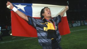 Iván Zamorano y Arturo Vidal figuran en prestigioso ranking sudamericano de la UEFA