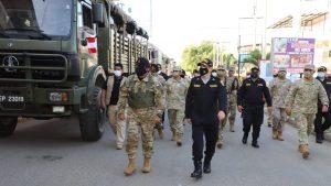 Perú desplazó militares a frontera con Ecuador para evitar ingreso irregular venezolanos