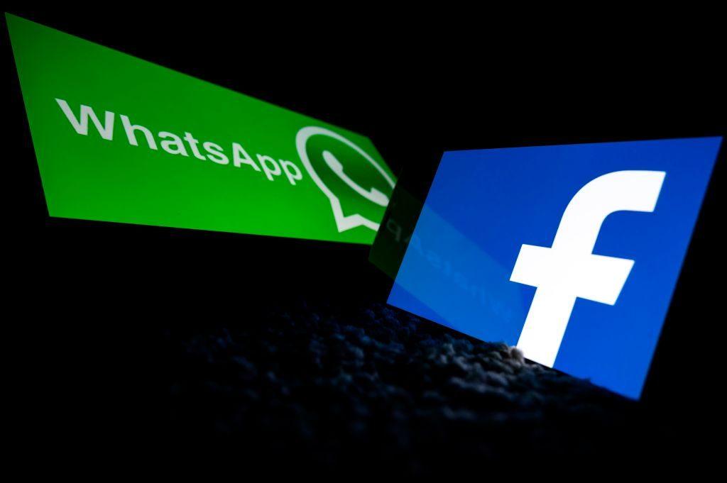 WhatsApp postergó entrega de información a Facebook tras fuerte caída de usuarios