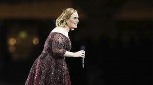 """Adele celebró la década de 21, su gran disco: """"No recuerdo casi nada de lo que hice y sentí hace 10 años"""""""