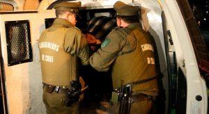 Tras persecución en la Costanera Norte, menor de edad fue detenido luego de robar un automóvil en Lo Barnechea