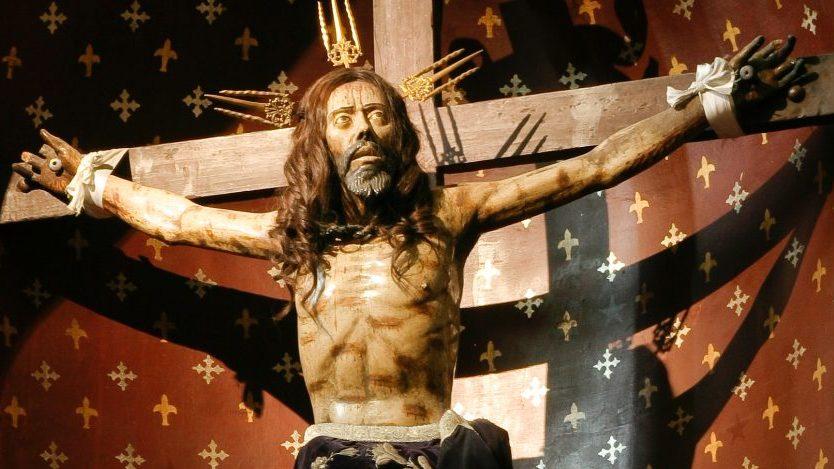 """""""¡Saquen a pasear al Cristo de Mayo!"""": La razón para que los usuarios de redes sociales pidan una procesión religiosa cada vez que tiembla"""
