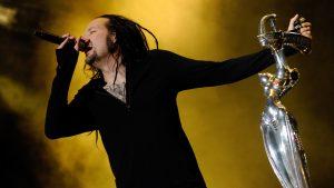 Jonathan Davis de Korn reveló que la banda tendría otro nombre y que era bastante malo