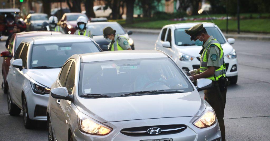 """Hombre fue detenido en Olmué por falsificar permiso colectivo: vencía el """"30 de febrero"""""""