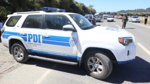Vecinos apedrearon cuartel de la PDI en el que se encuentra detenido el tío abuelo de Tomás Bravo