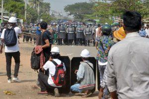 Dictadura de Myanmar aumentó la represión en contra de los manifestantes