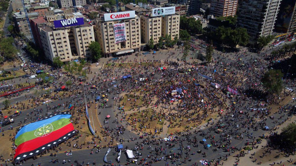 Tras el retiro de la estatua del general Baquedano: recordamos las manifestaciones más importantes en Plaza Italia