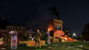 """Ministro de Justicia por quema de estatua de Baquedano: """"Sentimos el dolor que puede tener el Ejército por la humillación"""""""