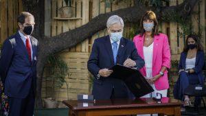 Presidente Piñera presentó el proyecto que crea el Registro de deudores de alimentos en conmemoración del 8M