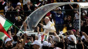 Papa Francisco culminó visita histórica a Irak: estuvo en ciudades arrasadas por el Estado Islámico