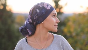 Concurso busca contar la experiencia de vivir con cáncer a través de sus sobrevivientes
