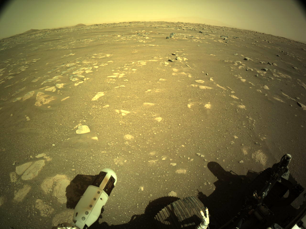 Rover Perseverance cumplió sus primeros movimientos en superficie de Marte