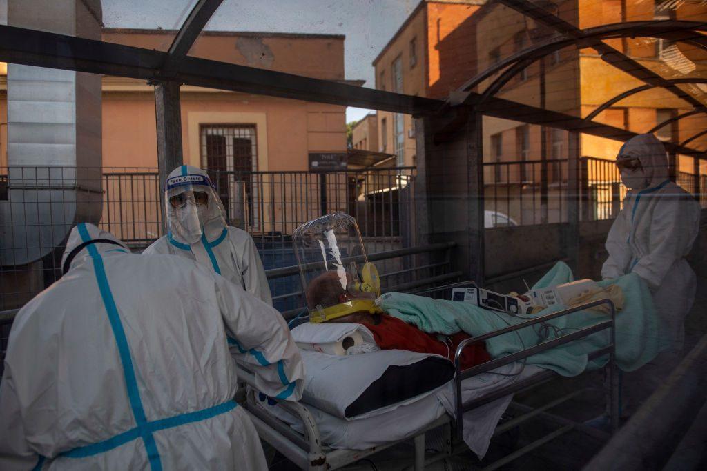 Italia amplía restricciones a nuevas regiones por el aumento de casos Covid-19