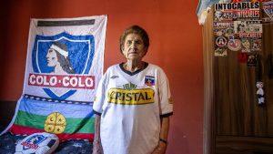 """""""Cuerpas reales, hinchas reales"""": la serie fotográfica que busca visibilizar a las fanáticas del fútbol sudamericano"""