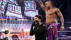 Bobby Lashley retuvo el Campeonato de la WWE y Bad Bunny se robó todas las miradas en la primera jornada de Wrestlemania