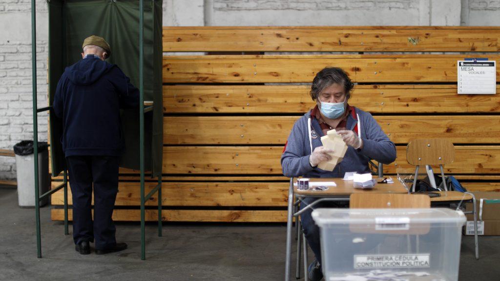 Pensemos Chile: Jaime Mañalich, Axel Callís y Luz Poblete analizaron el panorama de las elecciones ante el alza de casos de coronavirus