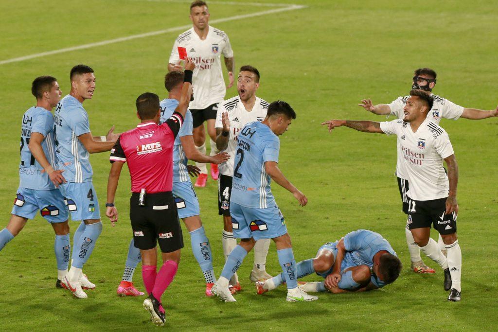 Roja directa: La dura entrada de Matías Zaldivia que dejó a Colo Colo con 10 jugadores ante O'Higgins