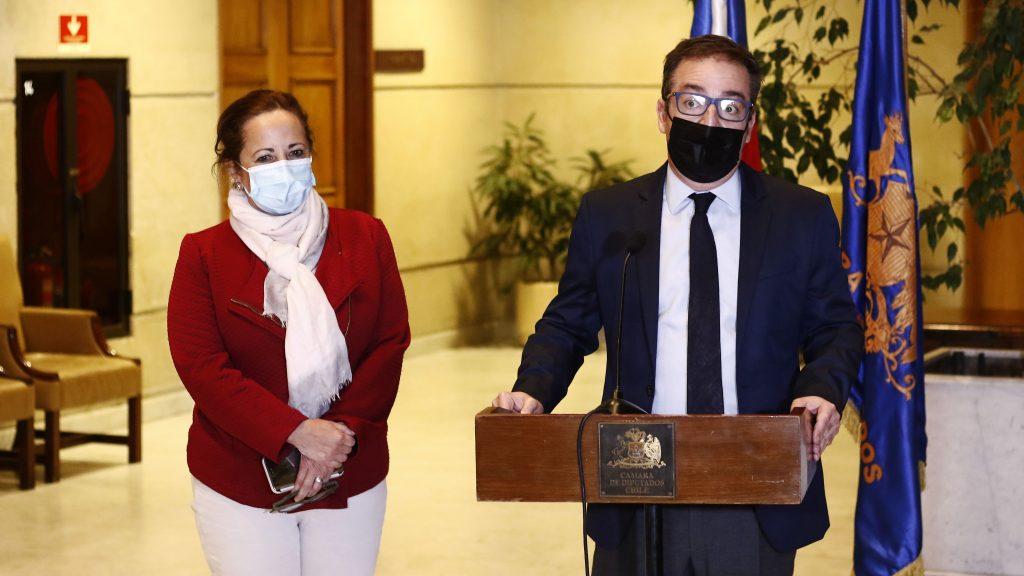 Oposición estudiará acusación constitucional contra Presidente Piñera tras envío de tercer retiro al TC
