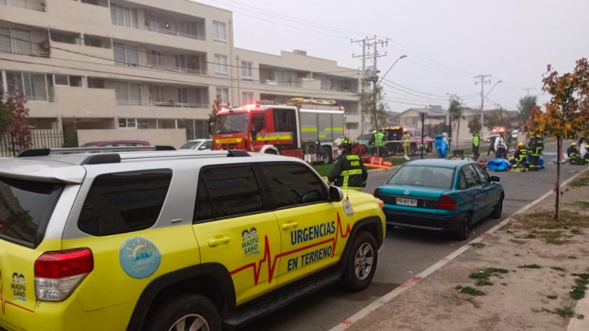 Emergencia por consumo de cianuro obligó a evacuar edificio en Maipú este sábado
