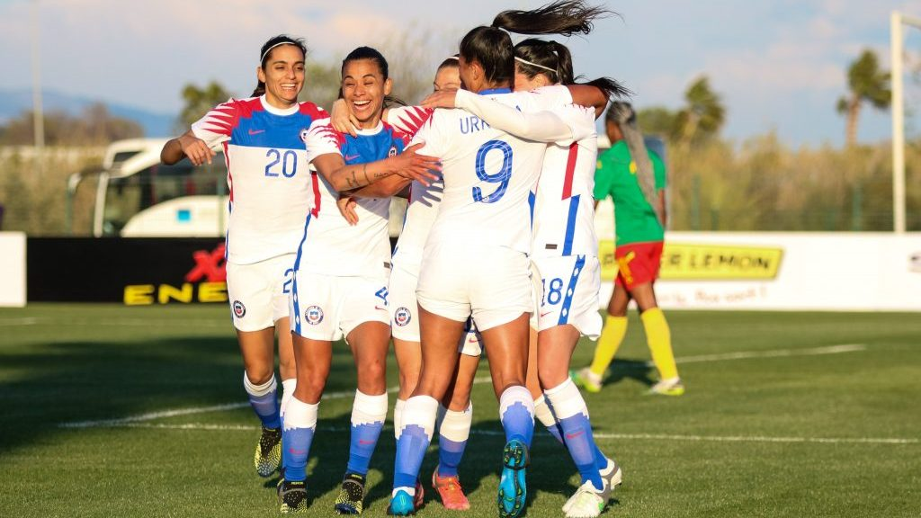 La Selección Chilena Femenina derrotó a Camerún y tomó ventaja en el repechaje olímpico