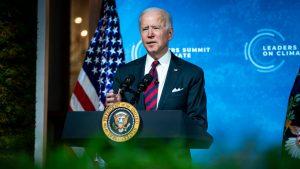 Biden se compromete a reducir en 50% las emisiones de gas invernadero de EE.UU. para 2030