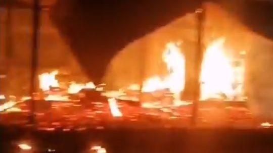 Fuego destruyó escuela rural en Curacautín: investigan posible ataque incendiario