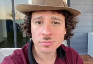 Youtuber Luisito Comunica es trolleando tras subir foto con pirámides: compartió los mejores memes