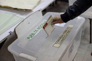 Punta Arenas tuvo el primer conteo de votos de Chile: esta fue la persona que recibió la primera preferencia