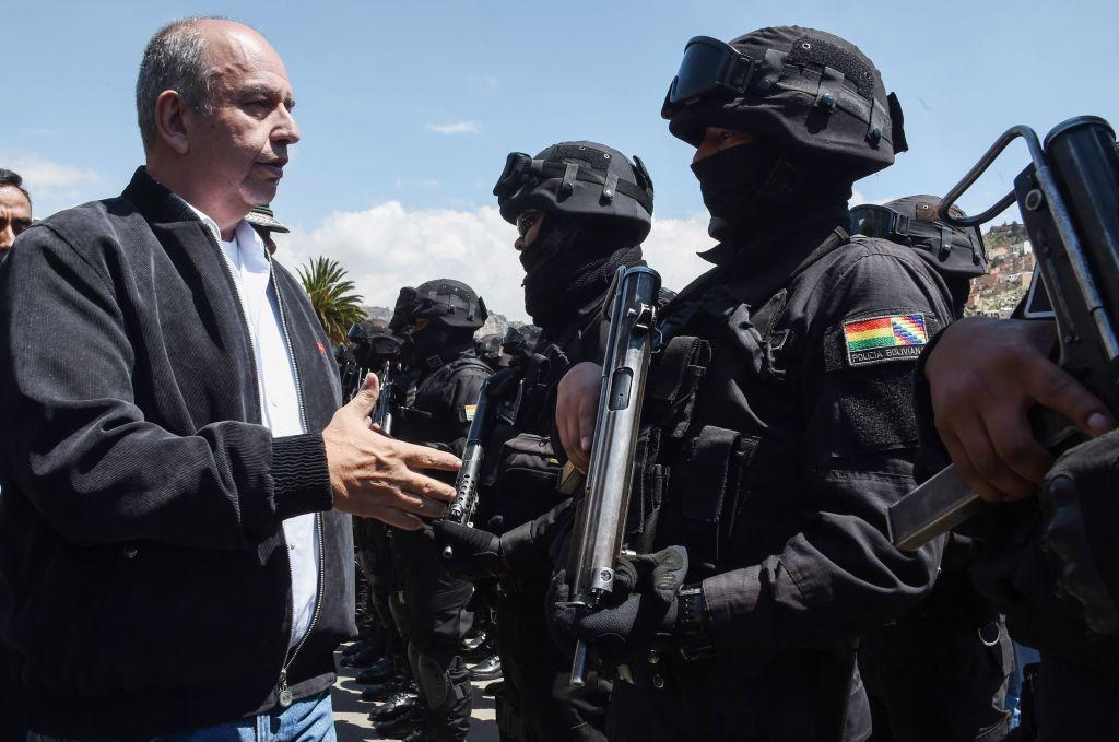 Murillo felicita a policías a semanas de la represión de las protestas en 2019