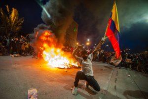 Canciller de Colombia renunció tras denuncia ante la Corte Penal Internacional del actuar del gobierno