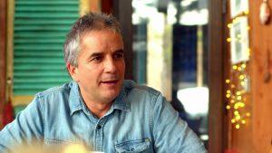 """""""El alcohol siempre fue una manera de protegerme"""": Pablo Mackenna reflexionó sobre choque en estado de ebriedad que lo llevó a escribir un libro"""