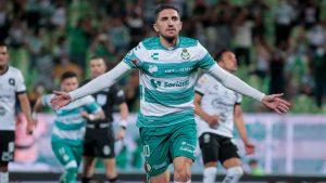 Diego Valdés dio una asistencia y anotó en la goleada del Santos Laguna ante el Querétaro por la Liga MX