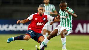 Atlético Nacional y Nacional no pasaron del empate y le dieron una ayuda a la UC en Copa Libertadores