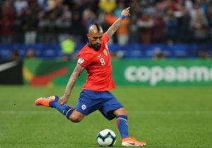 El lesionado Arturo Vidal dijo que quiere jugar las Clasificatorias y la Copa América