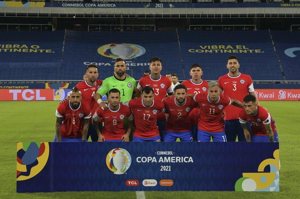 Brereton nuevamente será titular: Lasarte definió el once de la Roja para medirse ante Uruguay
