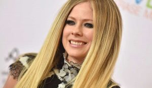 Debut de Avril Lavigne en TikTok revivió antigua leyenda de internet sobre la cantante