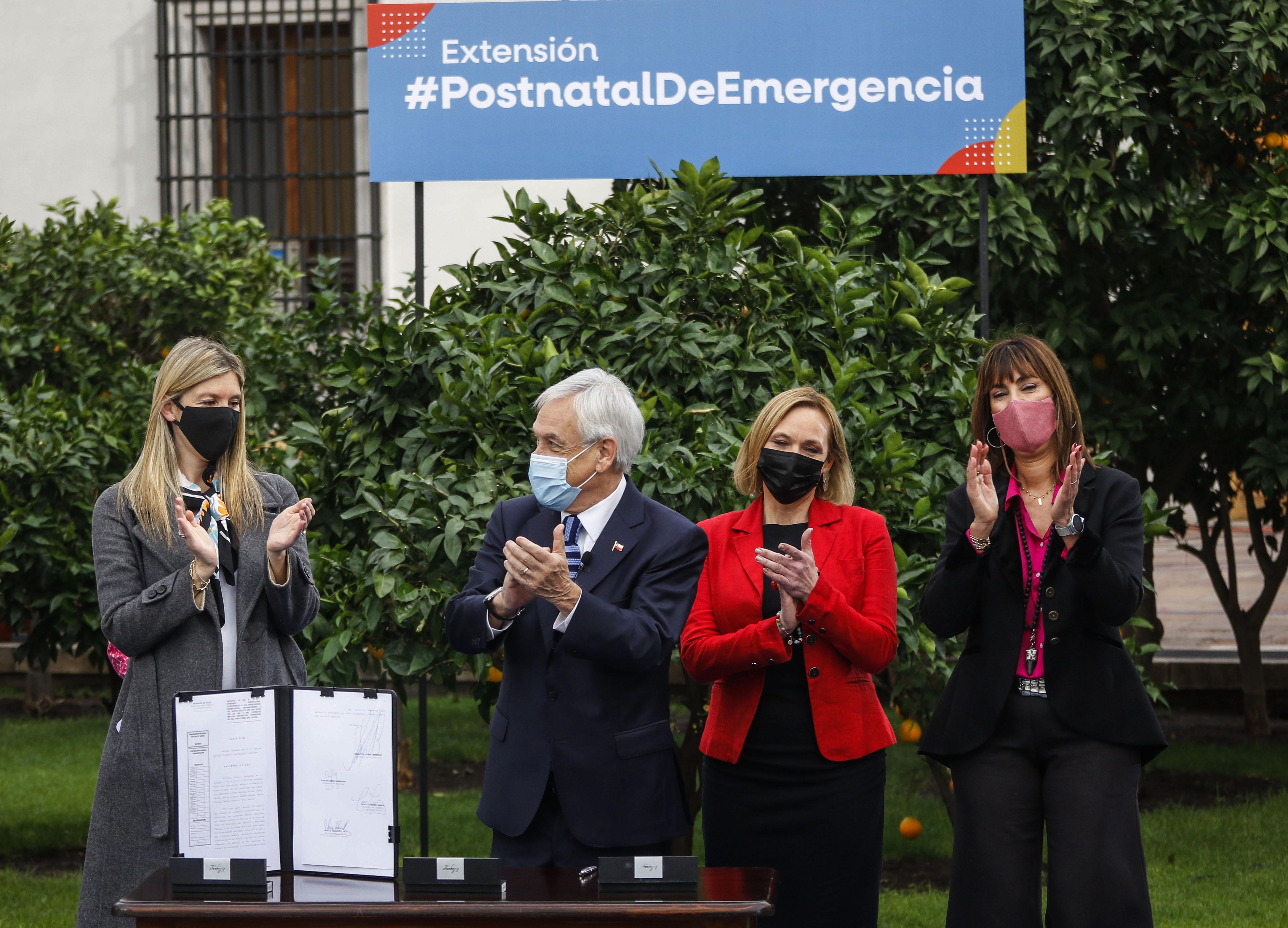 Presidente Sebastián Piñera promulga la extensión del postnatal de emergencia