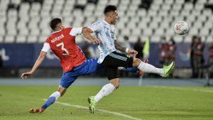 """""""Cuánta magia"""": Jugada de Guillermo Maripán ante Lionel Messi fue postulada por Conmebol como """"muestra de habilidad"""""""
