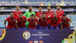 "Mauricio Isla compartió imagen de La Roja al estilo ""Avengers"" a horas de enfrentar a Paraguay"