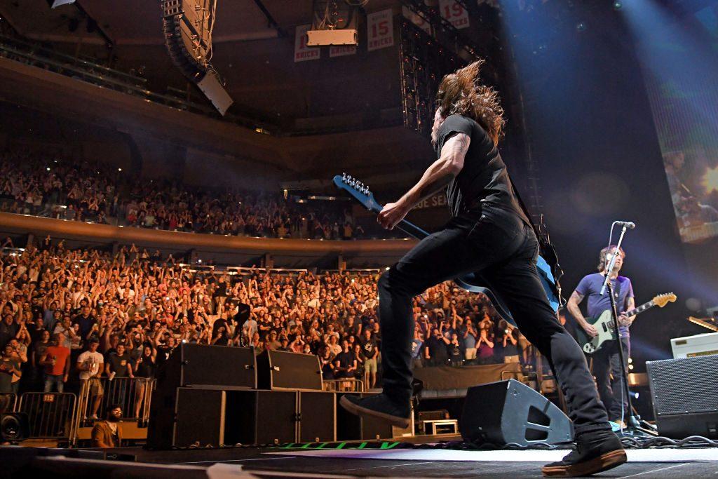 """El rock n' roll regresó a Nueva York con Foo Fighters: Hicieron cover de """"Creep"""" con Dave Chappelle"""