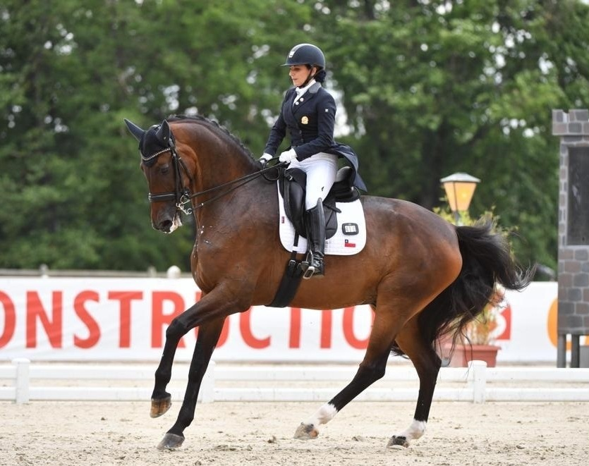 """Virginia Yarur, primera chilena en la equitación de los JJ.OO.: """"Aún estoy asimilando la clasificación"""""""