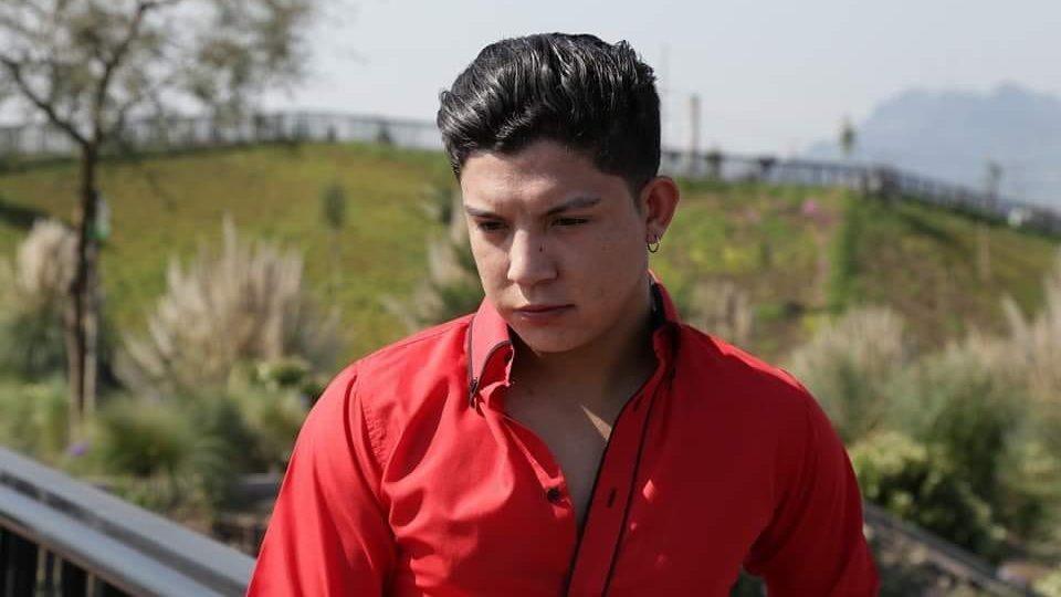 """Claudio Valdés, """"El Gitano"""": Segundo lugar en Talento Chileno, dos discos editados y el amor de su público"""