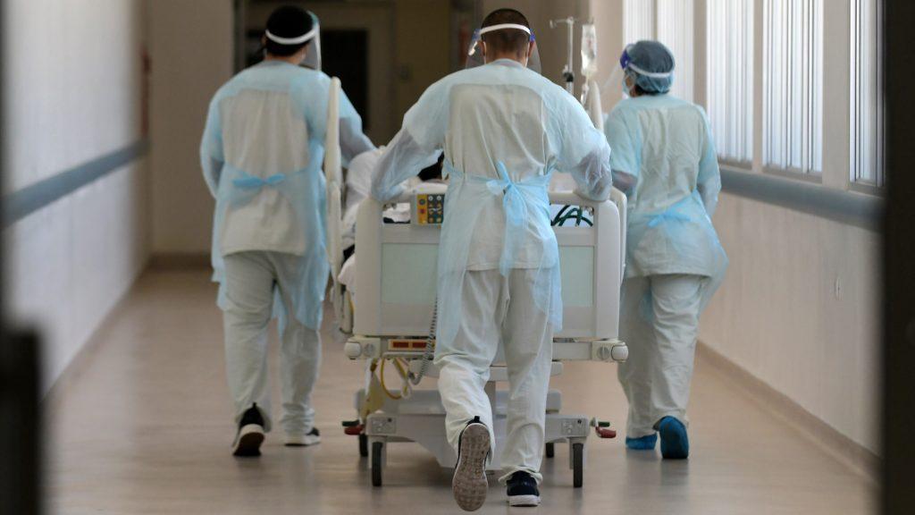 Practicante que fracturó hueso de un niño en Punta Arenas deberá someterse a capacitación por estrés laboral