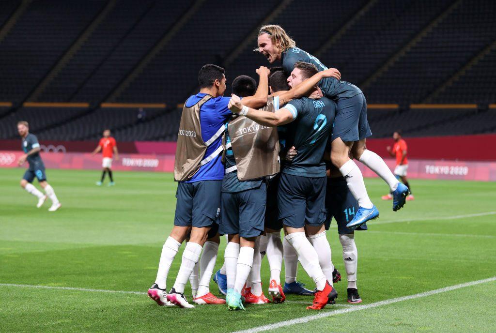Argentina le ganó a Egipto y Brasil iguala con Costa de Marfil en el fútbol masculino de los JJOO de Tokio
