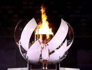 Naomi Osaka encendió la llama olímpica en los Juegos Olímpicos de Tokio