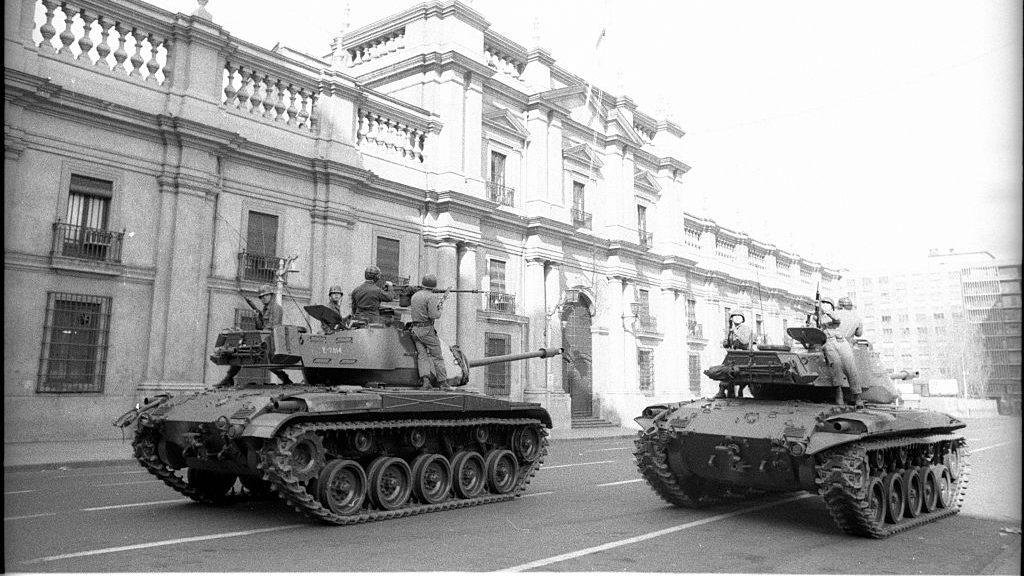 """Periodista estadounidense: """"Con la detención de Pinochet, pudimos confirmar que la CIA tuvo una relación muy íntima con las fuerzas de seguridad"""""""