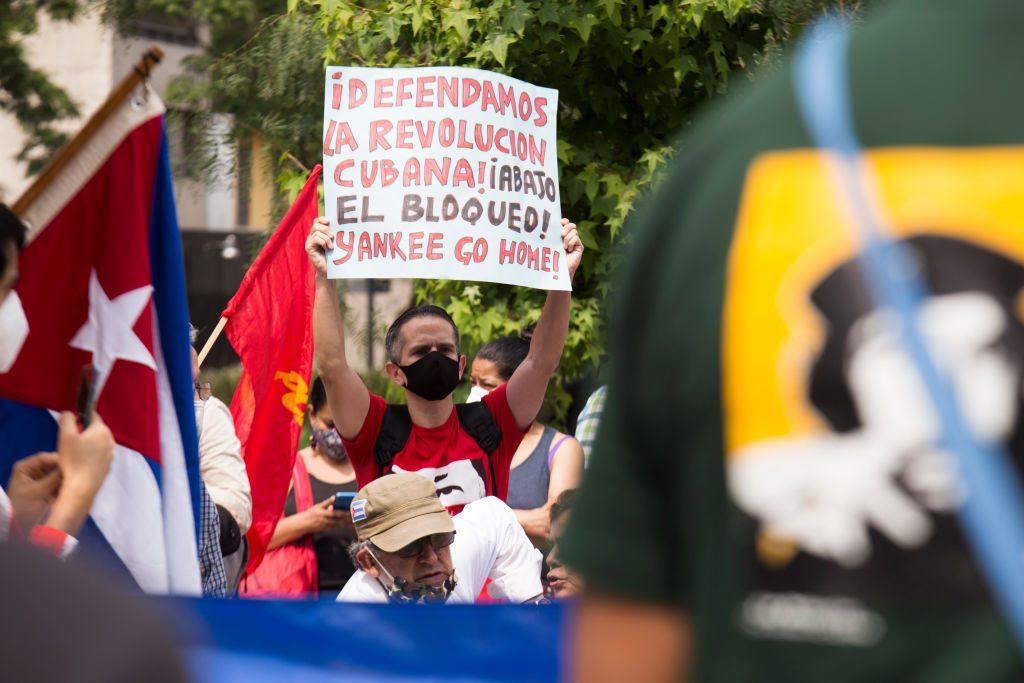 México enviará dos barcos con alimentos y material médico a Cuba