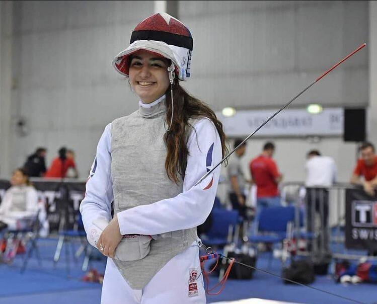 """Joven esgrimista Katina Proestakis va a los JJ.OO: """"Quiero representar bien a Chile y disfrutar la experiencia"""""""