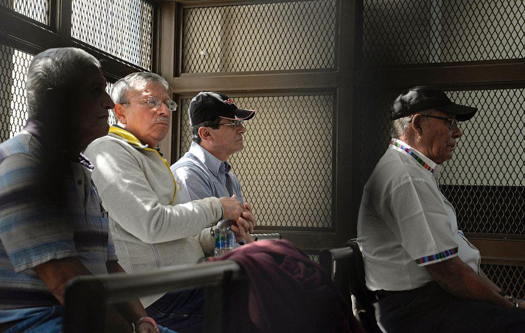 Ex altos mandos del ejército de Guatemala esperan sus juicios